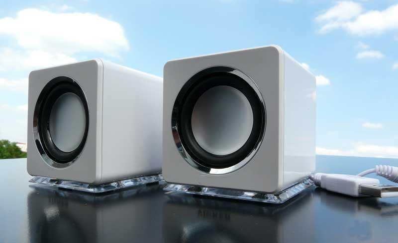 design usb lautsprecher boxen f r laptop pc tv schwarz ebay. Black Bedroom Furniture Sets. Home Design Ideas