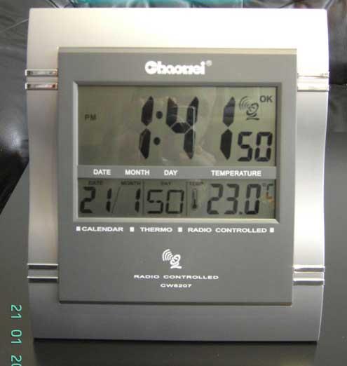 radio clock wall clock radio clock alarm clock thermometer alarm clock radio alarm clock wall. Black Bedroom Furniture Sets. Home Design Ideas