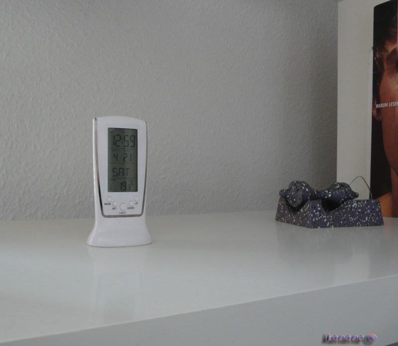 wecker mit tollem design und sch ne blaue beleuchtung digitaluhr tischuhr 510 ebay. Black Bedroom Furniture Sets. Home Design Ideas